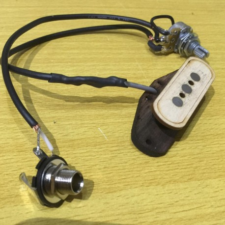 Pre-wired volume and jack vintage Pickup single coil