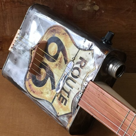 Oil can Guitar Route 66 5 string