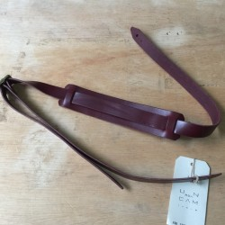 Leather strap cigarbox guitar prune
