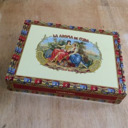 La Aroma de Cuba Churchill Cigar Box